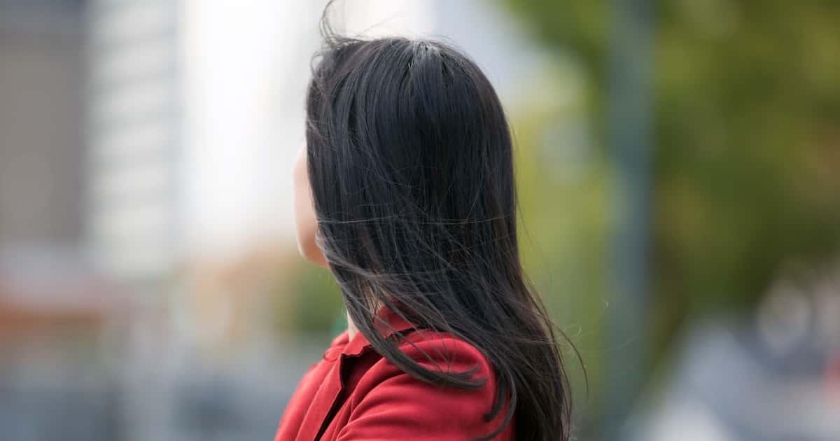 駅で複数の女性の髪を切り、ポリ袋に入れてコレクションしていたミャンマー人のテッパインチョー容疑者を逮捕